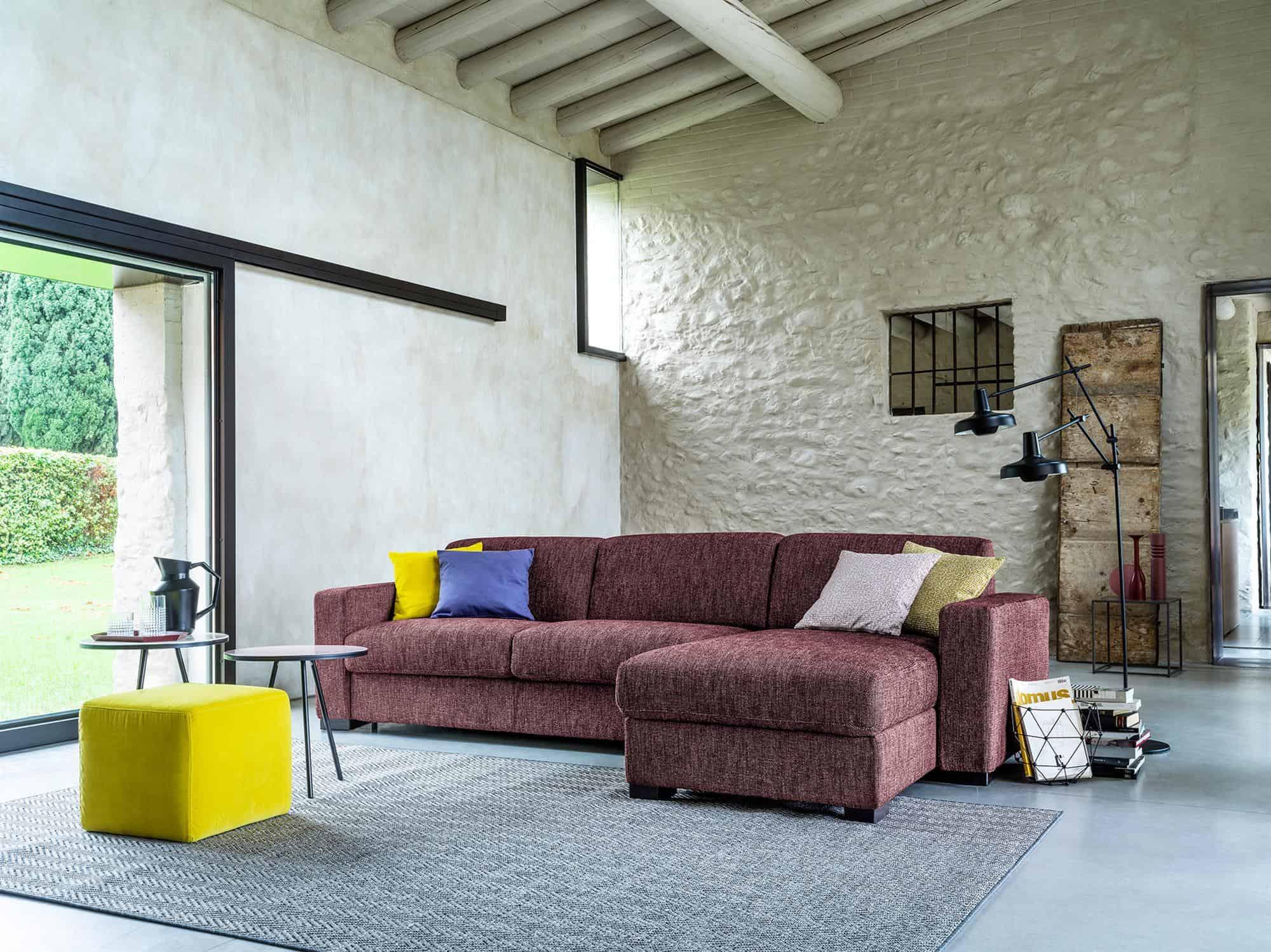 Amerigo large – Composizione divano letto con chaise longue contenitore 254×166(204) -Tessuto Scacco Granata