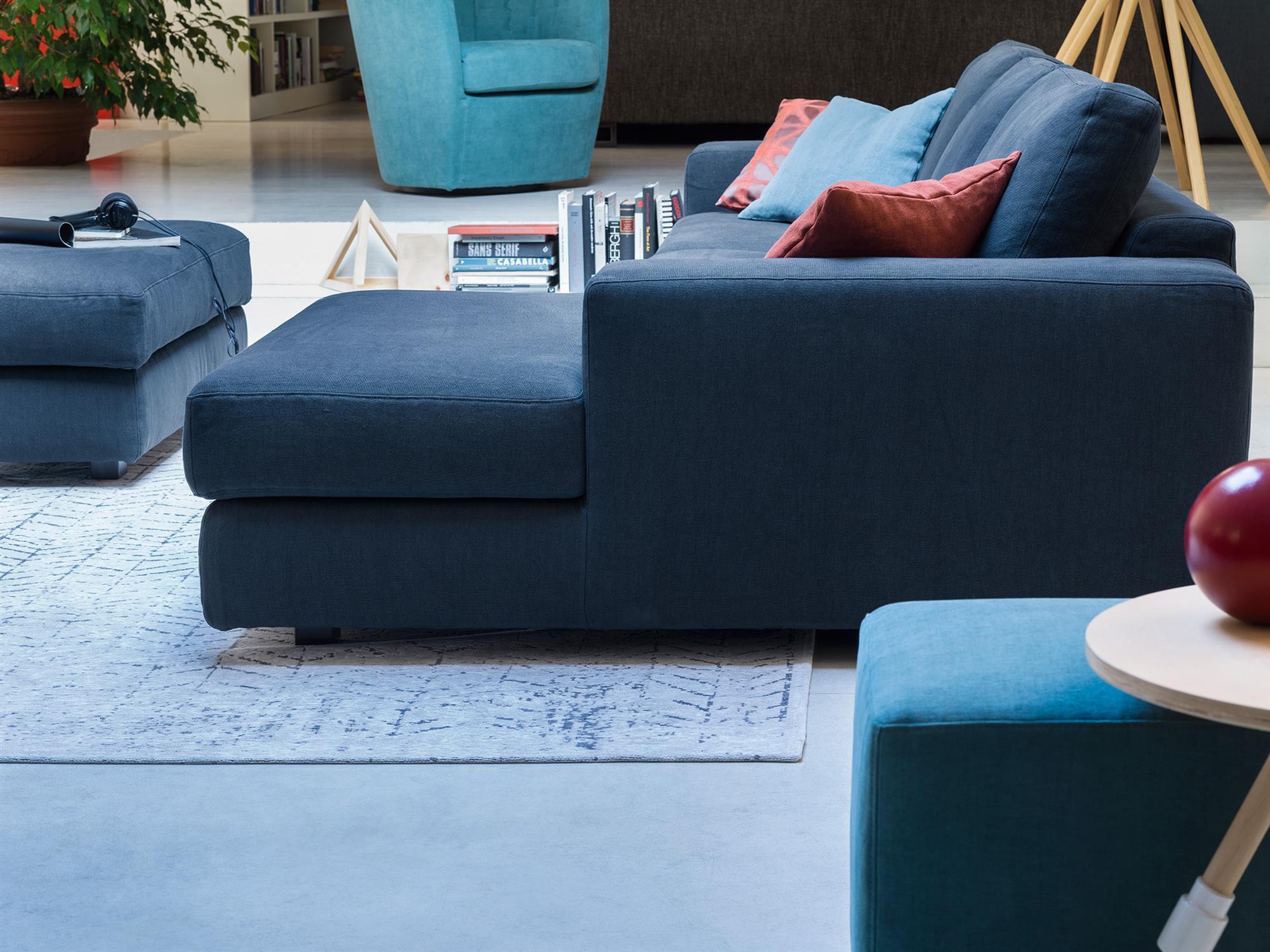 Vittorio – Guadagna un vero relax su una chaise longue di alto comfort – 278×157  – Linum Blu